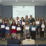 Imagen Estudiantes reciben certificados del Diploma en Convivencia escolar
