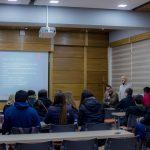 Imagen Estudiantes del distrito de Minnetonka, EEUU, visitaron Facultad de Educación