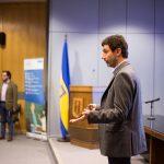 Imagen Tercera jornada de ciclo de charlas tuvo como invitado al investigador Hernán Cuevas